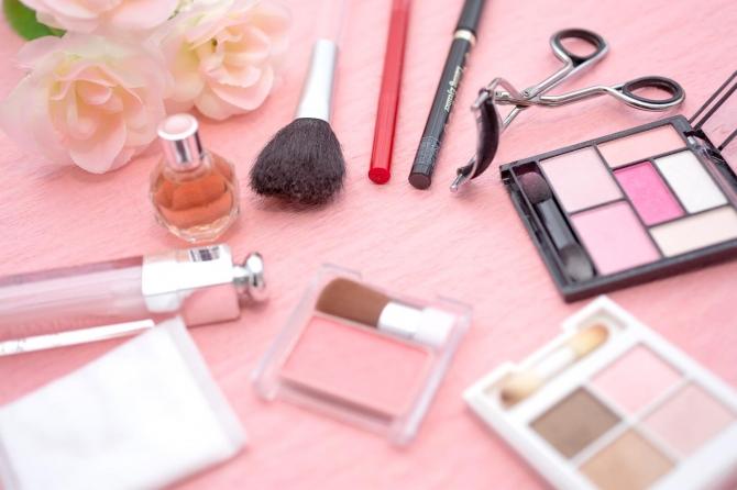 キレイになりたいを応援する! 美容・化粧品業界のインターンシップ5選