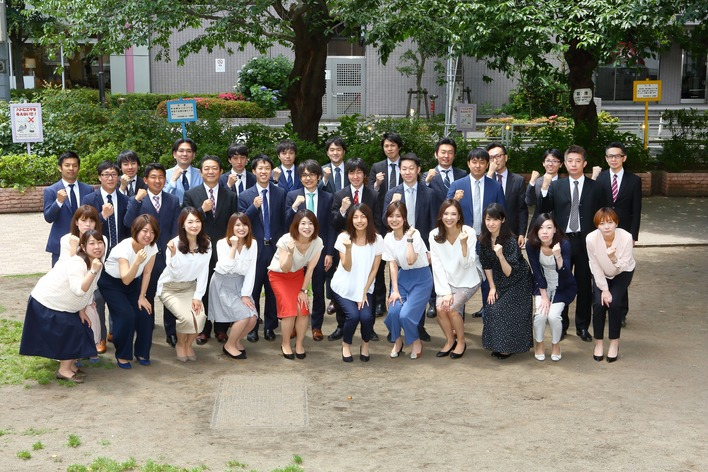 税理士法人のアシスタント業務で実践経験を積むインターン!