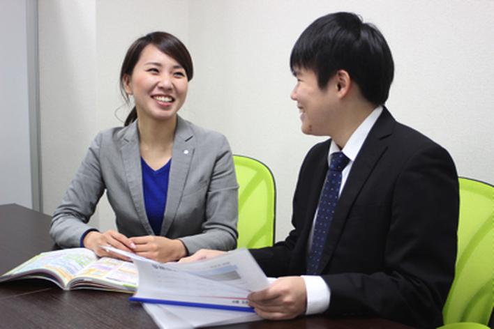 【新規事業開発】上場企業の投資家向けレポート作成アシスタント、セミナー運営補助 他