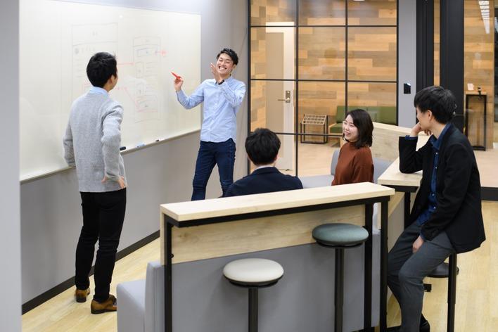 【大阪】卒業生は外資系・商社・広告など!有名企業への内定者続出インターン
