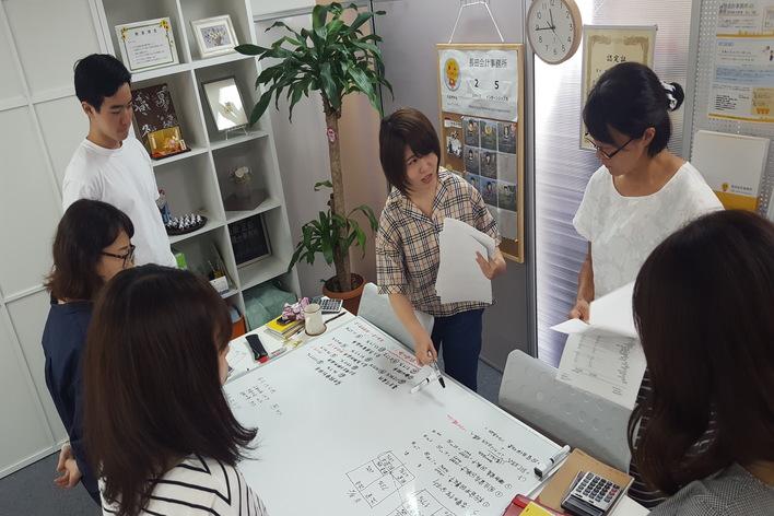 インターン生が活躍!実践から経営・税務会計を学べるインターンシップ