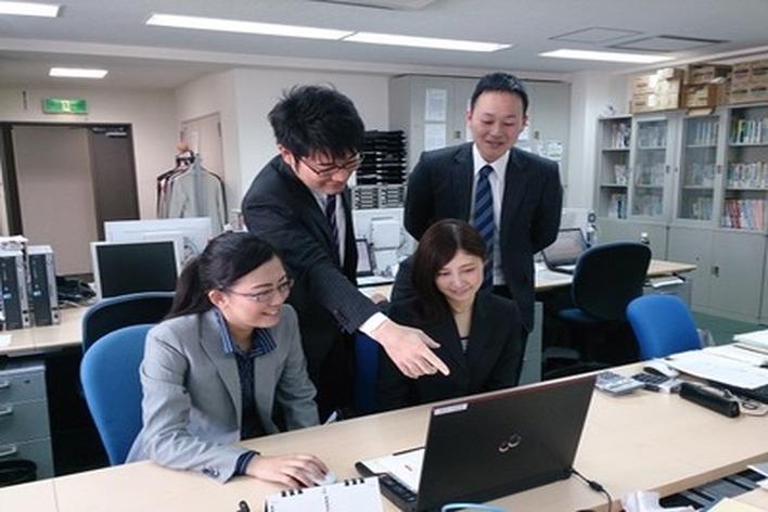時給1000円~☆未経験から参加できる税理士事務所のインターンです!