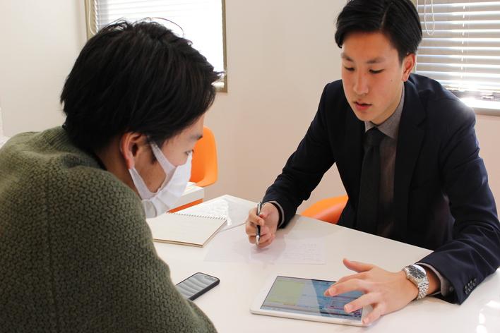 【研修充実】【土日勤務OK!】【他社内定者歓迎!】未経験からトップの営業マンに!あなたの可能性を引き出します!