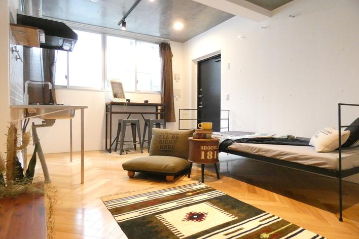 【デザイン力を活かして社会貢献】賃貸物件に家具や小物でインテリアコーディネートを加え、モデルルームを作るお仕事です。