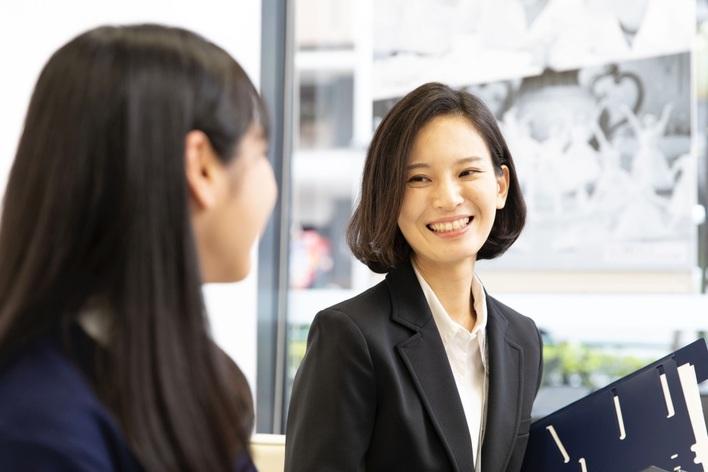 生徒の夢実現の支援をするキャリアバイト