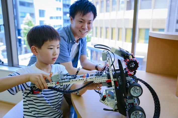 【リモート&教室勤務可!1,2年生歓迎】プログラミング・ゲームデザイン。子どもクリエイターの開発をサポートする主力メンバー募集