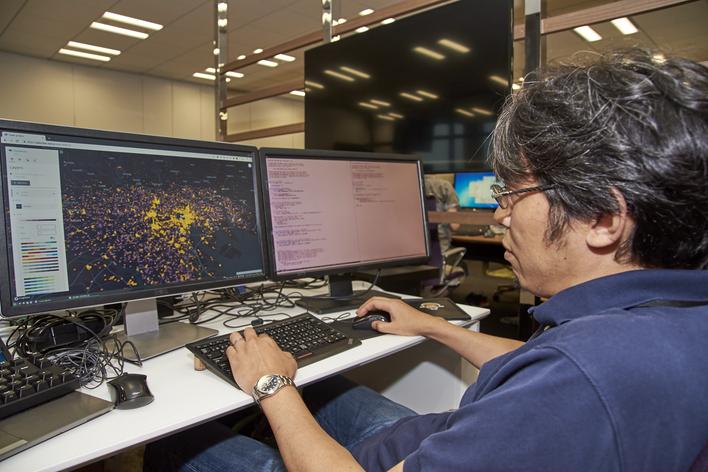 自社Webアプリ開発のフルスタックエンジニアー位置情報ビックデータを活用