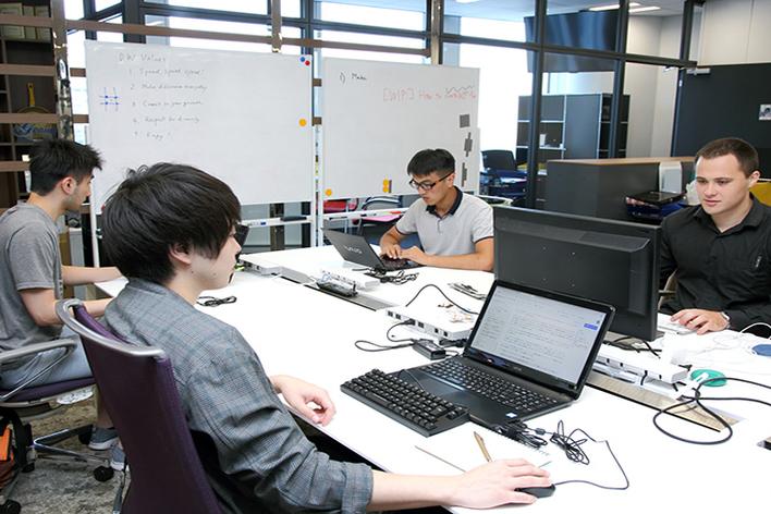 【React】フルスタックエンジニア(ややフロントより)募集。まったく新しい概念のSaaSプロダクト開発【NTTドコモグループ】