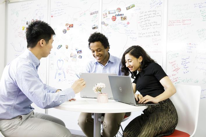 【英語力を活かそう!】世界を感じながら活躍できるカスタマーサポートスタッフ募集!