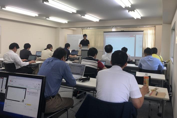 Dockerやkubernetesなどの仮想化技術に関する教材作成/セミナー講師