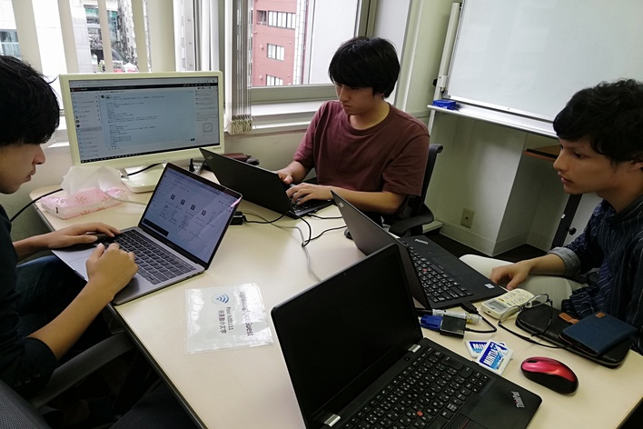 【新規事業に参画】WEBのライティングインターン!夕方・土日勤務可能!