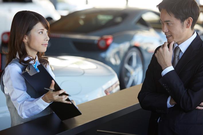 高級車の営業インターン!ワンランク上の商談スキルを身につけよう
