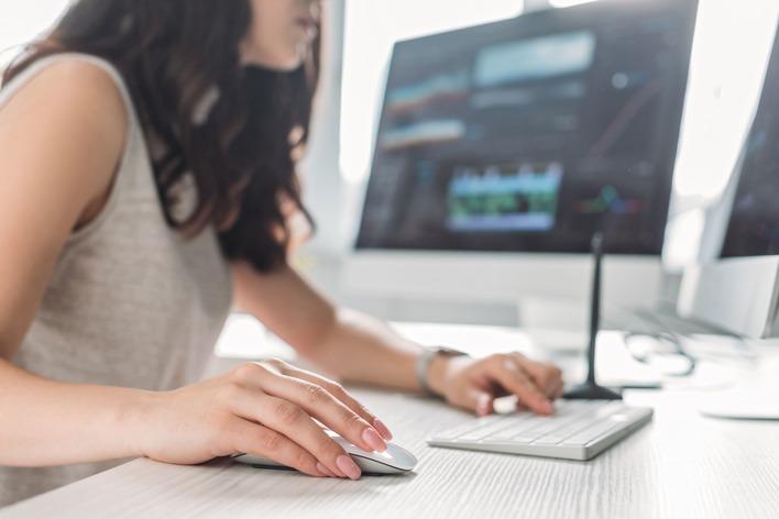 【WEBコンテンツ制作/編集の知識が身につく】ベンチャー企業のディレクターアシスタント募集!