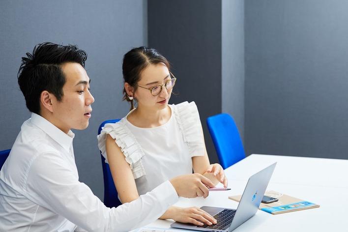 【未経験OK】マーケティングとプログラミングを同時に学びたい学生募集!(Webマーケ/SNSマーケ/サイト制作)