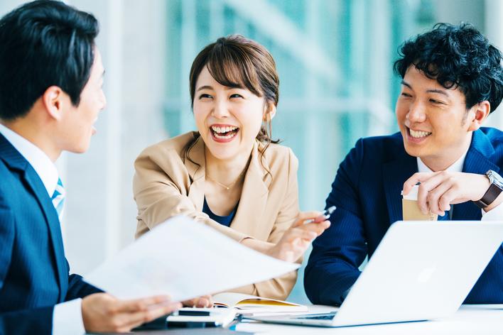 未経験歓迎!営業力を鍛えられるインターン/土日勤務・高額コミッション制