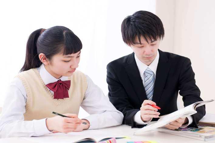 ベンチャー事業の塾運営/企画力と課題解決スキルを磨こう!