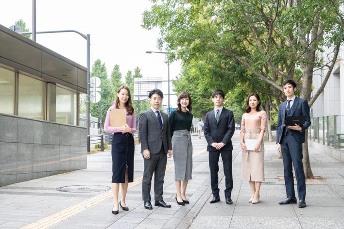 【不動産業界に興味のある学生必見!】わずか25名で東証一部上場。都市型マンションの企画開発から売却までを一人で担う。