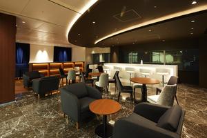 オシャレなデザイナーズオフィス!社内にはホテルのBarのような素敵なラウンジがあり、自由に休憩やランチもできます。