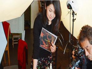 【ディレクター撮影風景】プロカメラマンが撮影した画像を使用します。