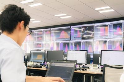 当社では電力の需給管理を24時間体制で実施しております。
