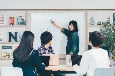 授業の受持ちはありませんが、学質問対応やアドバイスをお願いします