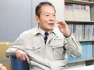 代表の笹倉。セールスエンジニア時代のコンクリート技術を活かすため、ニューテックを設立しました。