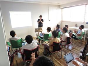 社内会議や勉強会にインターン生も参加できます!