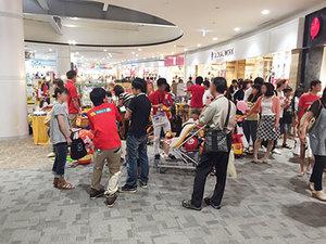 ショッピングモール内でのイベント風景