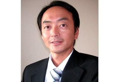 私、企画営業部長 松田優幸が、リードします。