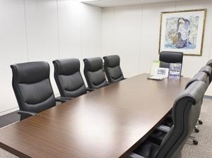 オフィスは北浜駅から徒歩2分の好立地!