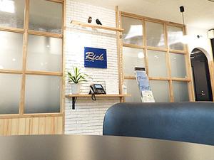 スタッフさんのリラックスを引き出すカフェ風オフィスがお待ちしてます!