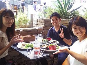 昼休みには、渋谷のお洒落なカフェを開拓できます!