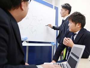 セールスにおける研修もしっかり。貴重なノウハウを自分のものにできる!