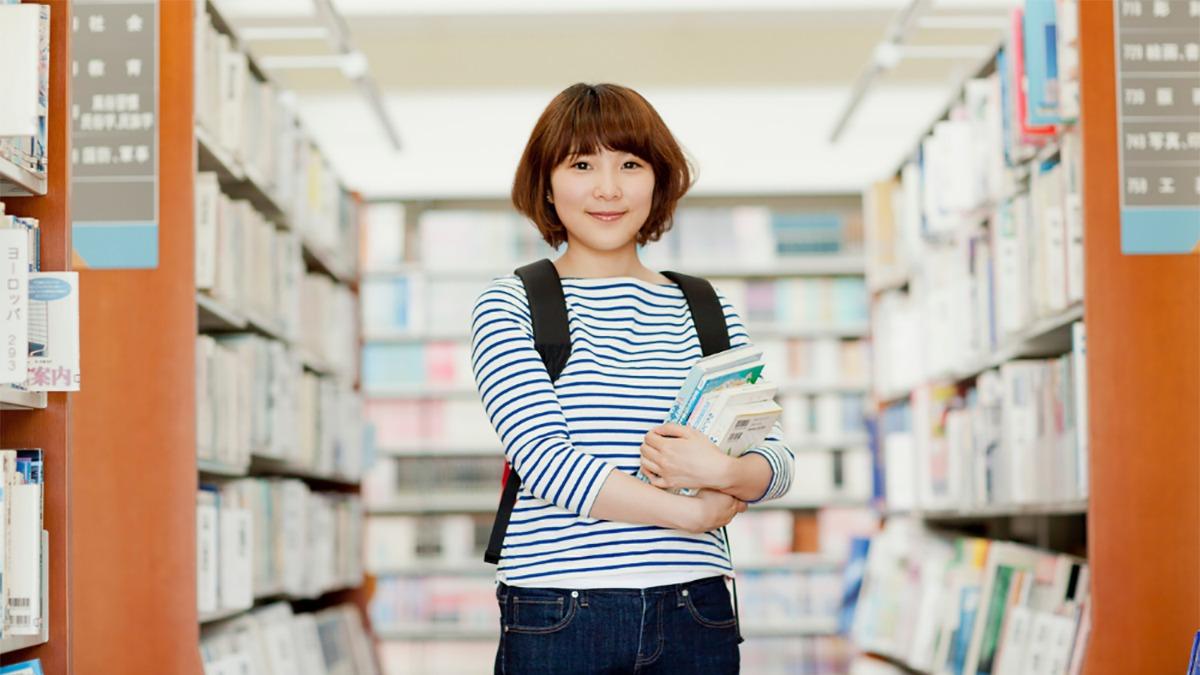 【23卒文系学生必見】長期インターンシップで就活を有利にしよう!